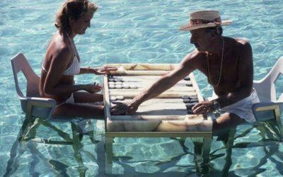 Backgammon in the Sun